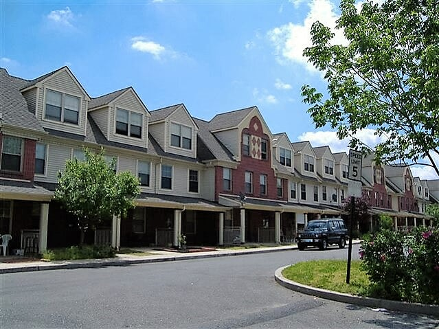 Cooper Waterfront Homes